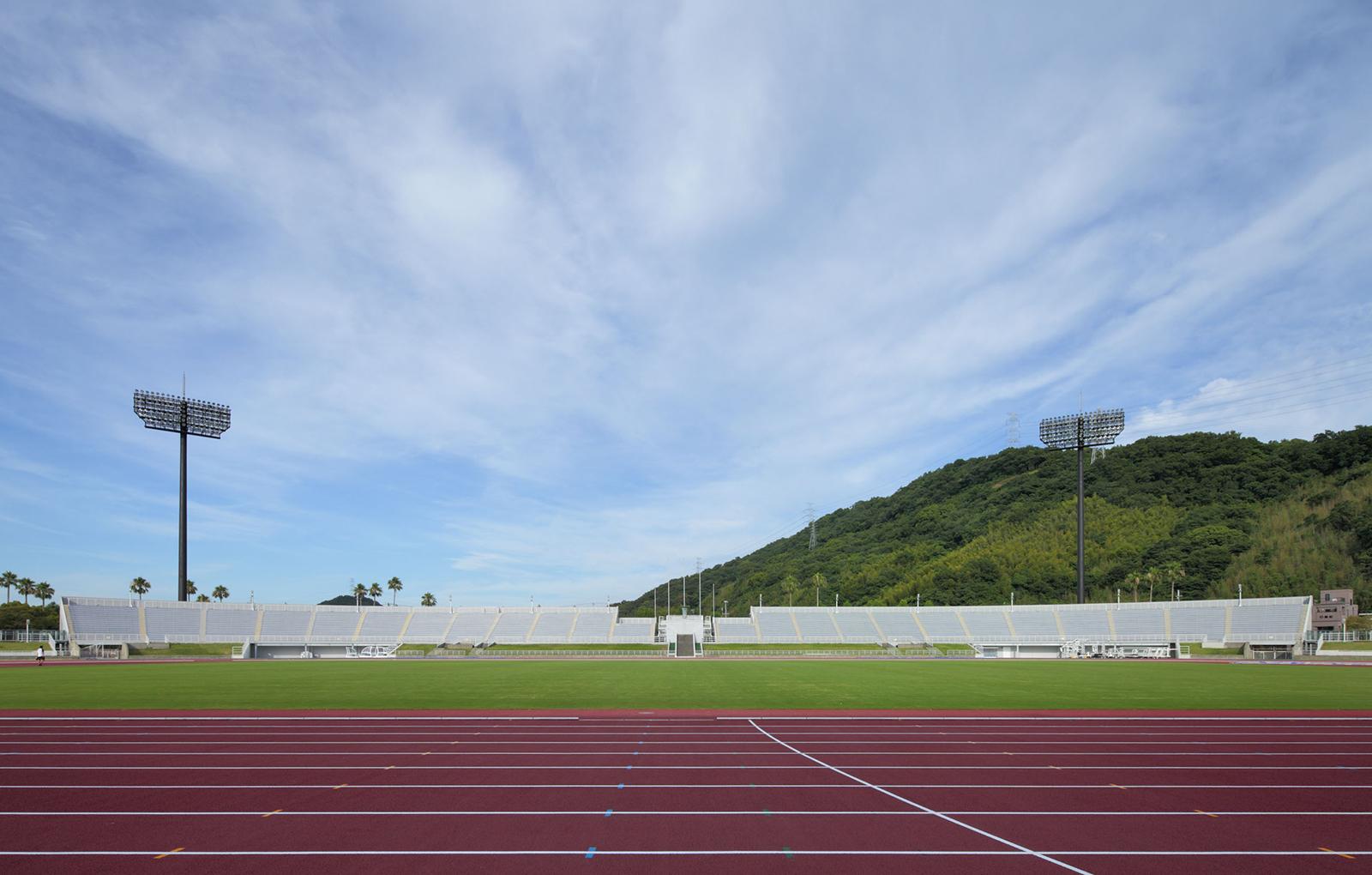 紀三井寺競技場